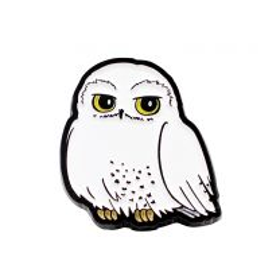 Hedwig enamel pin badge
